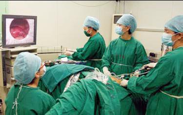 腹腔镜手术_期刊发表